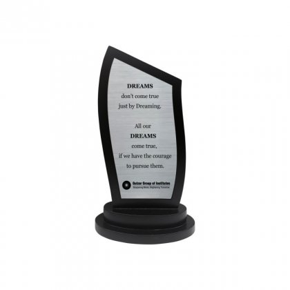 """Personalized Ggi Engraving Area Trophy (2.5""""X5.5"""")"""