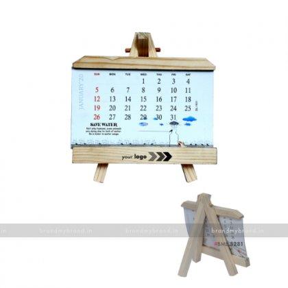 Personalized Wooden Desktop Calendar